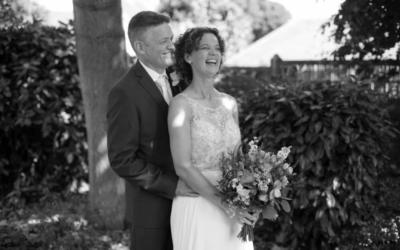 Bridgnorth Castle Garden Wedding – Rachel & John