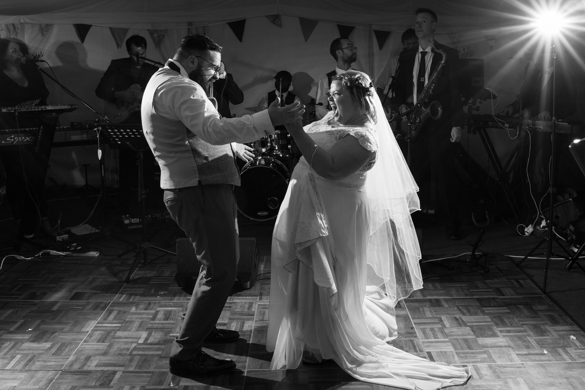 Pimhill Barn summer wedding dance