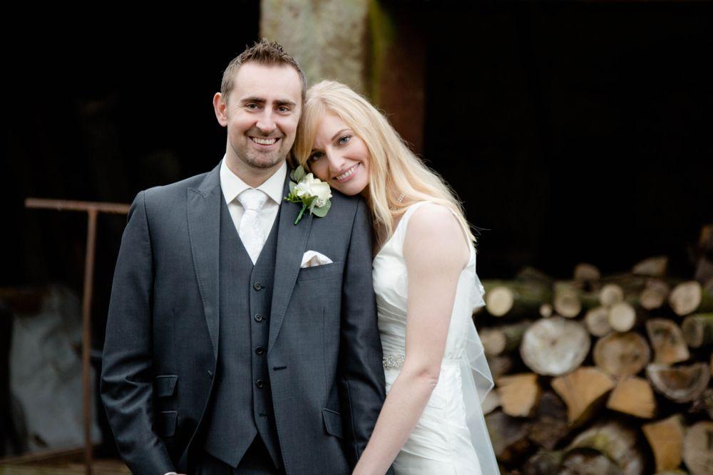 Pimhill Barn Winter Wedding – Alice & Richard