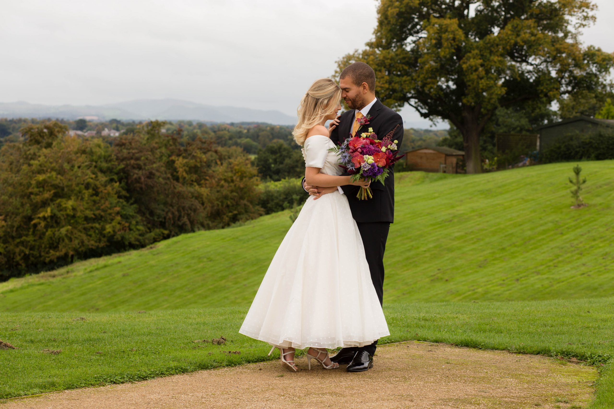 Shropshire wedding photographer Hencote Shrewsbury